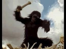 lo-scimmione-con-losso-tecnologico